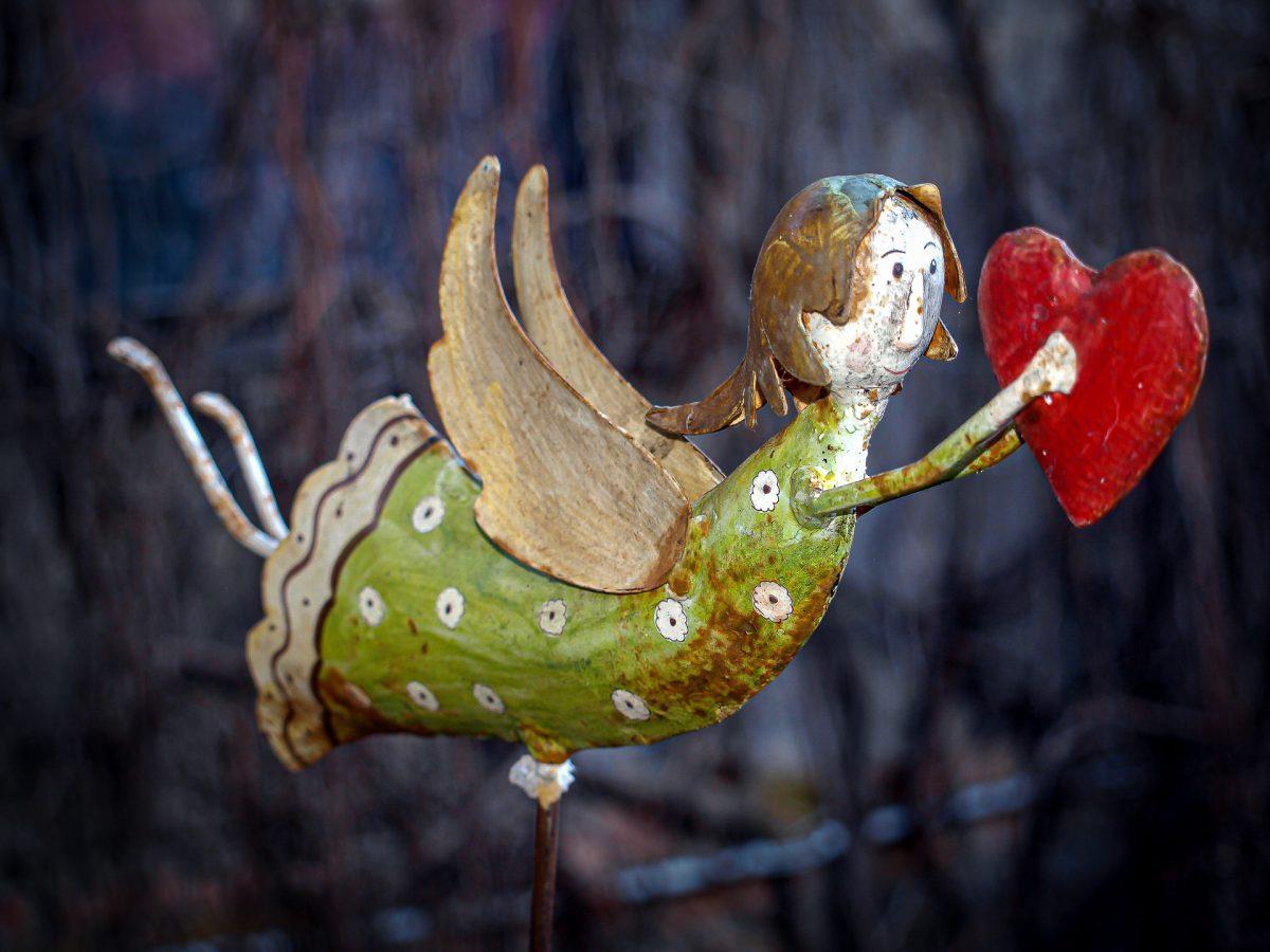 Engel mit Herz - (c) eric immerheiser