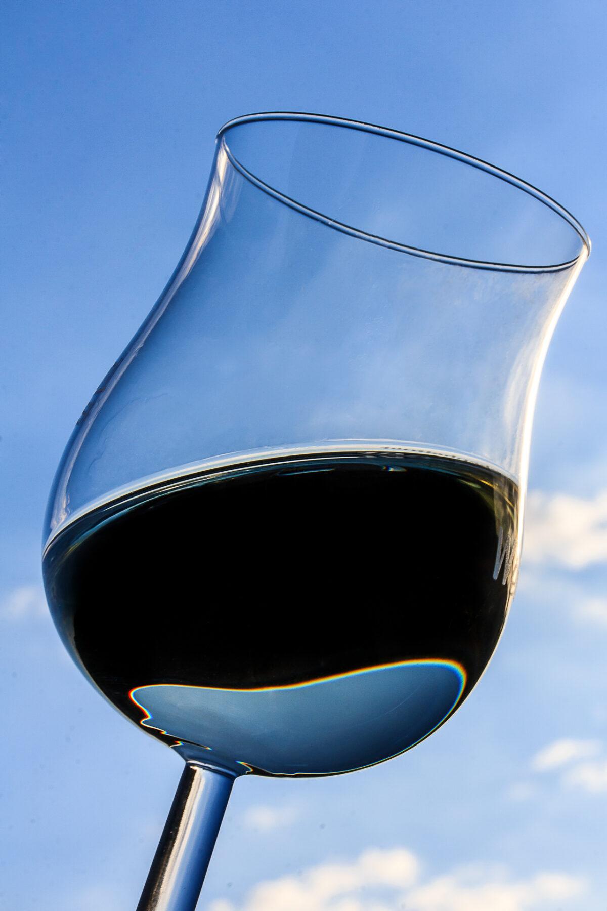Weinglas - (c) eric immerheiser